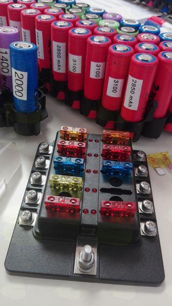 Elec3go inštitut zbira Li-Ion baterije iz odpadnih prenosnikov, e-koles in powerbank enot