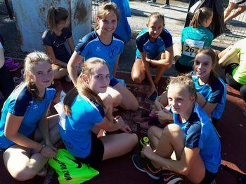 Številčna zasedba in visoke uvrstitve mladih atletov