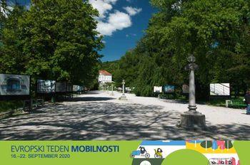 S kolesi po Plečnikovi Ljubljani