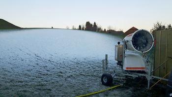 Na smučišču v Šentjoštu že prvi sneg