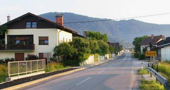 Javna dražba za prodajo nepremičnine - nezazidano stavbno zemljišče - lokacija Šujica