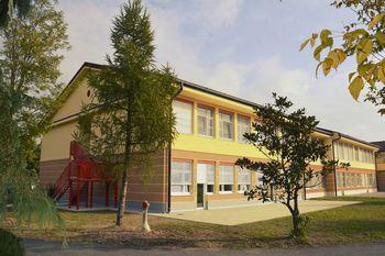 Odprli nov prizidek šole