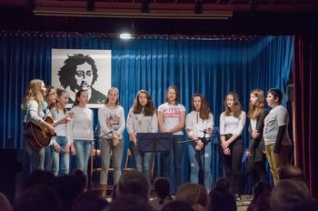 Pesem, igra, poezija – vse to je naša kulturna dimenzija