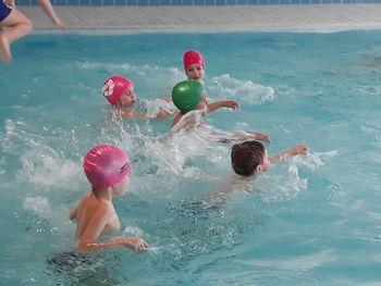 Plavalno opismenjevanje v bazenu Logatec