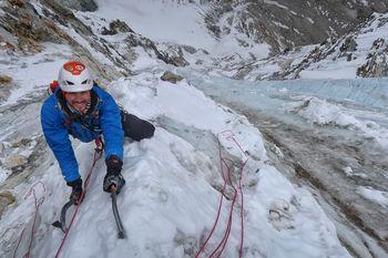 Plezanje na območju Khumbu, Himalaja