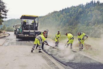 Tudi letos širitev ceste v Podlipi