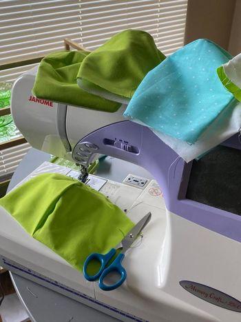 Občina in CZ delita zaščitne pralne maske za občane