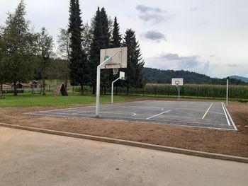 Občina ureja športnorekreacijski objekt na prostem za mladino in odrasle