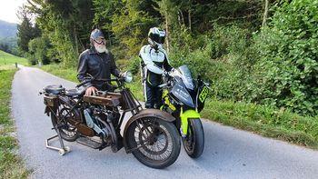 Jubilej: 100 let od prve dirke z motocikli na cesti Podlipa – Smrečje