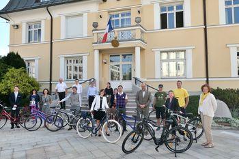 Servis koles za francosko veleposlaništvo