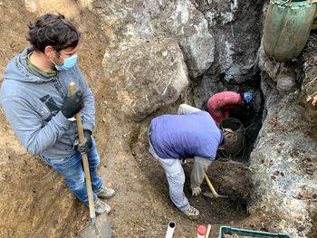 Izkop posmrtnih ostankov iz brezen v bližini Borovnice
