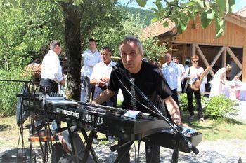 Koncert Lada Jakše in odprtje razstave njegovih fotografij