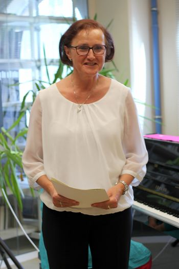 Ravnateljica šole ostaja Mihaela Mrzlikar