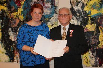 Lovru Sodji zlati častni znak za zasluge za Avstrijo