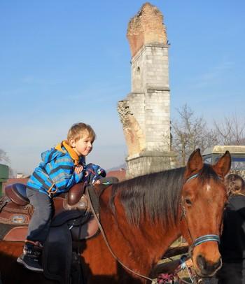 Konjeniki ohranjajo tradicijo