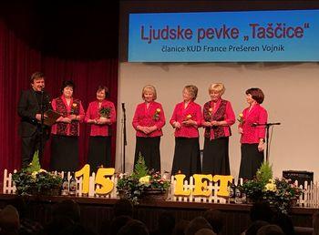 15 let Ljudskih pevk Taščice