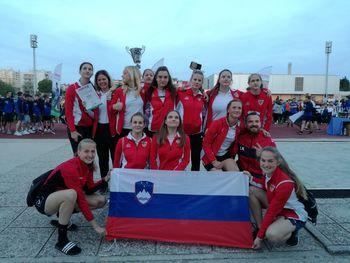 Mlade Hčere burje odlične na turnirju v Pulju