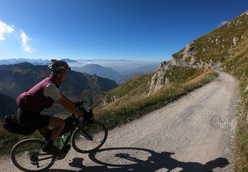 ODPOVEDANO: Potopis: S kolesom preko alpskih poti do Azurne obale (bikepacking)