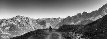 Potopis: S kolesom preko alpskih poti do Azurne obale (bikepacking)