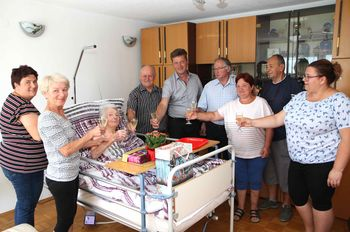 Ana Skaza praznovala 90 rojstni dan.