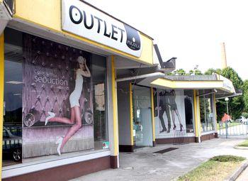 """Novi lastnik blagovne znamke """"Polzela"""" širi trgovine v Sloveniji, podarili 2000 parov otroških nogavic"""