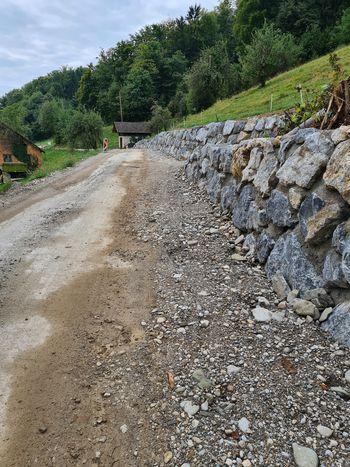 Obnova ceste v Dobriču