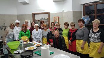 Spoznavanje španskih jedi v graščini Novi klošter