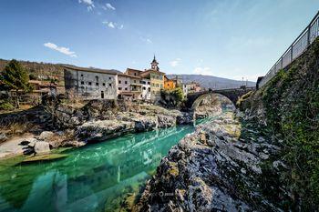 Odkrijte KANAL - srednjeveško mestece z bogato kulturno dediščino, obdan s prelepo naravo