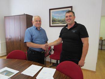 Podpis pogodbe za šolske prevoze