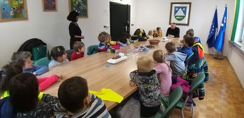 Kobariški prvošolci obiskali župana