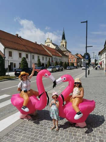 Flaminga iz Polzele razveseljevala Žalčane