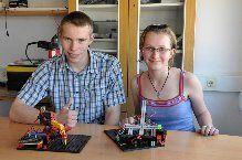Andreja in Martin uspešna v konstruiranju robotov