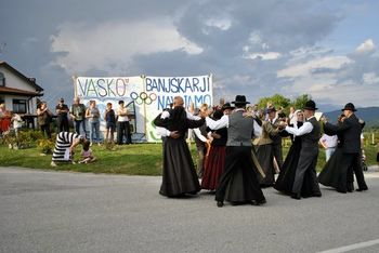 Rojaku Vasiliju Žbogarju čestitali za čudoviti ples na srebrnih valovih morja