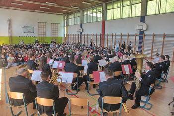 Predstavitev inštrumentov v OŠ Mengeš