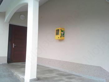 Defibrilator tudi na Livku