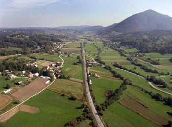 Razpis sredstev za ohranjanje in spodbujanje kmetijstva in podeželja v občini  Poljčane za leto 2015