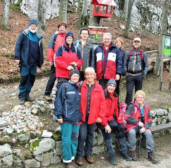 Pohodniki ŠTD Rafolče na vrhu Svete Ane in na Štefanji gori