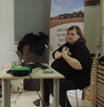 Pridelovanje semen zelenjadnic za lastne potrebe, predavanje Miše Pušenjak v Šentrupertu
