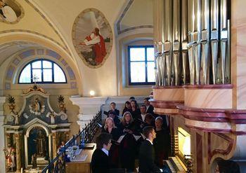 Zbor slovenske filharmonije v cerkvi sv. Vida v Šentvidu