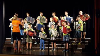 Poletje v Kobaridu z mladimi harmonikarji