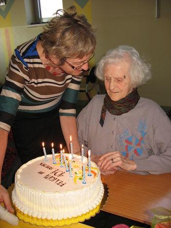 Najstarejša občanka danes praznuje 102 leti