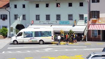 3. avgusta se je s Hop ON – Hop OFF KOBARID avtobusom peljal že tisoči potnik