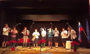 Srečanje ljudskih pevcev in godcev ljudskih pesmi v Vitomarcih