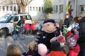 Ježek je obiskal vrtce Občine Miren-Kostanjevica