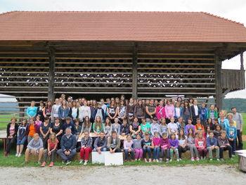Mladi likovni ustvarjalci  v Deželi kozolcev v Šentrupertu