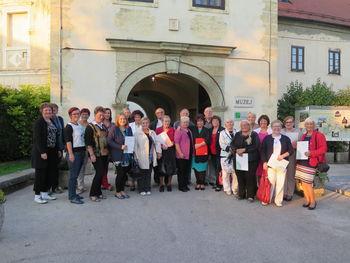 V zavetju besede: Regijsko srečanje literatov seniorjev v Belokranjskem muzeju v Metliki