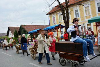 Tradicionalni Ivankin sejem na tržnici v Ivančni Gorici