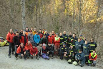 Gasilci PGD Tržič in gorski reševalci z roko v roki