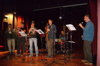 Jani Kovačič in Kar Češ Brass Band v Zasipu