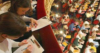 Jezik, znanje, kultura v Enajsti šoli v knjigarni